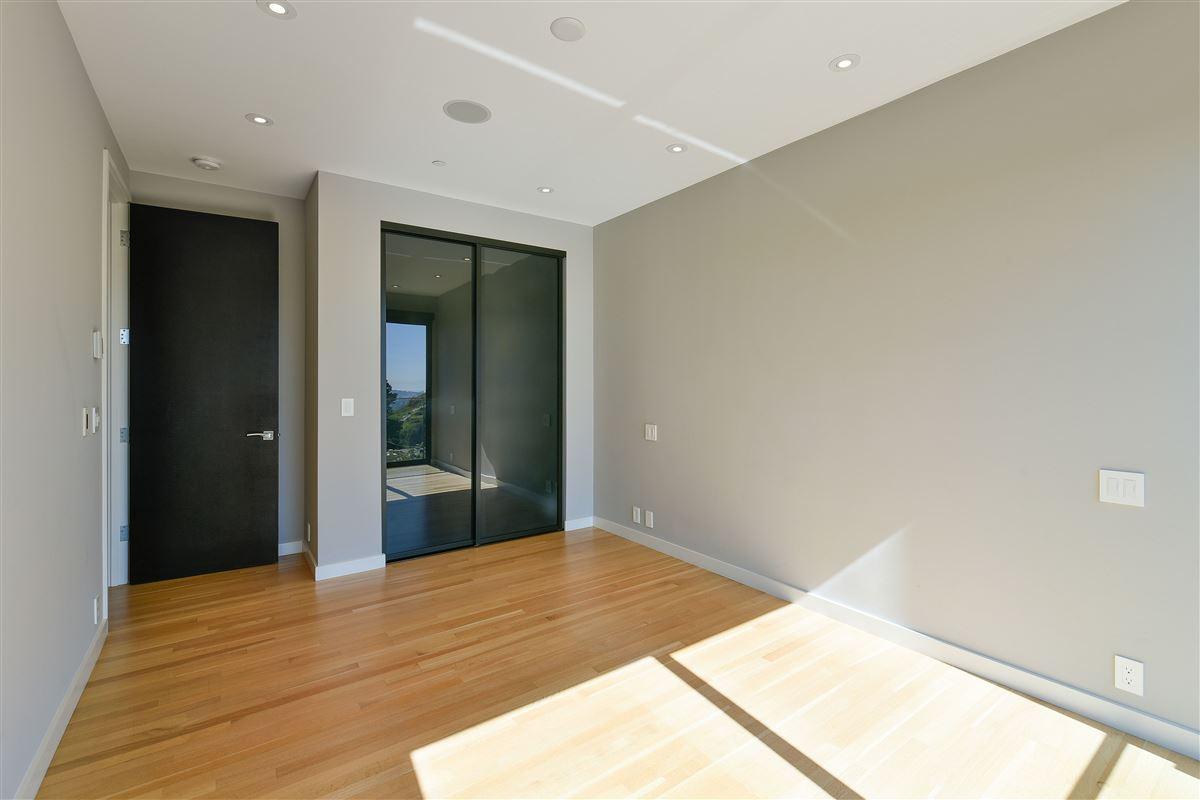 beautifully designed 3 bedroom luxury homes