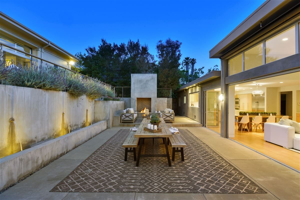 Luxury homes in beautifully updated Piedmont home