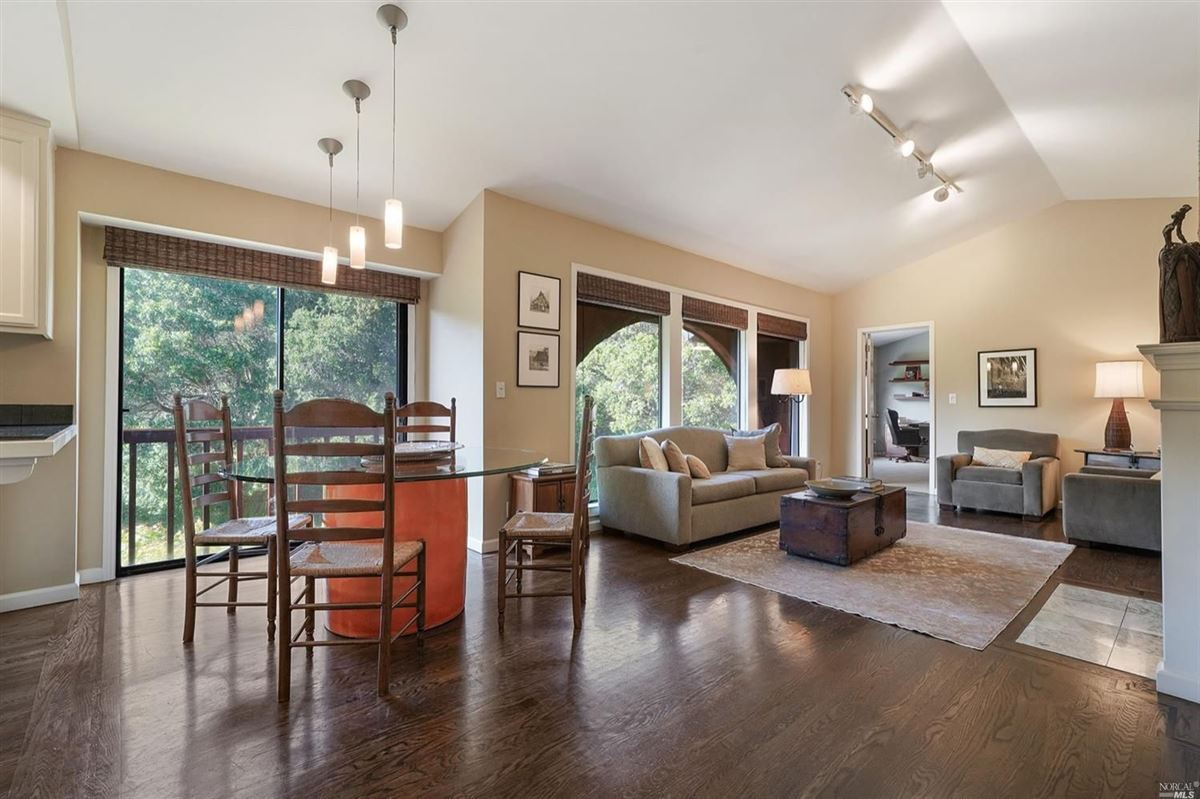 Mansions in Mill Valley home on a private lot