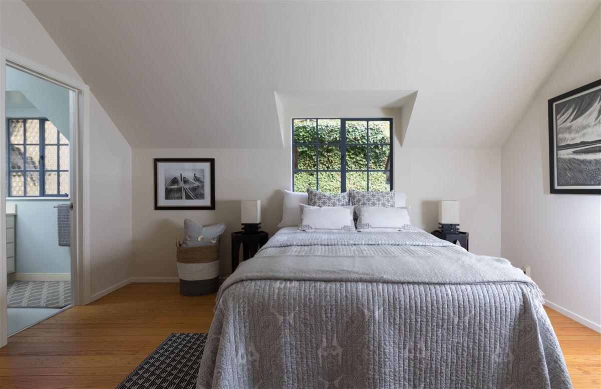 Gracious Costigan home luxury properties