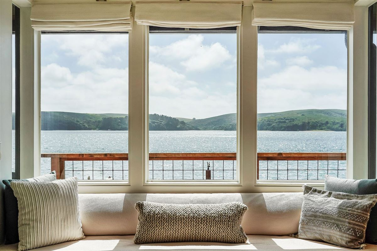 Mansions delightful home on Tomales Bay