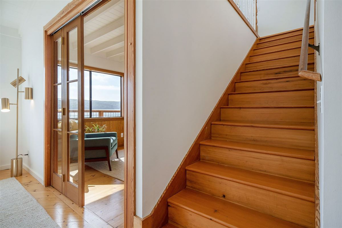 Luxury properties delightful home on Tomales Bay