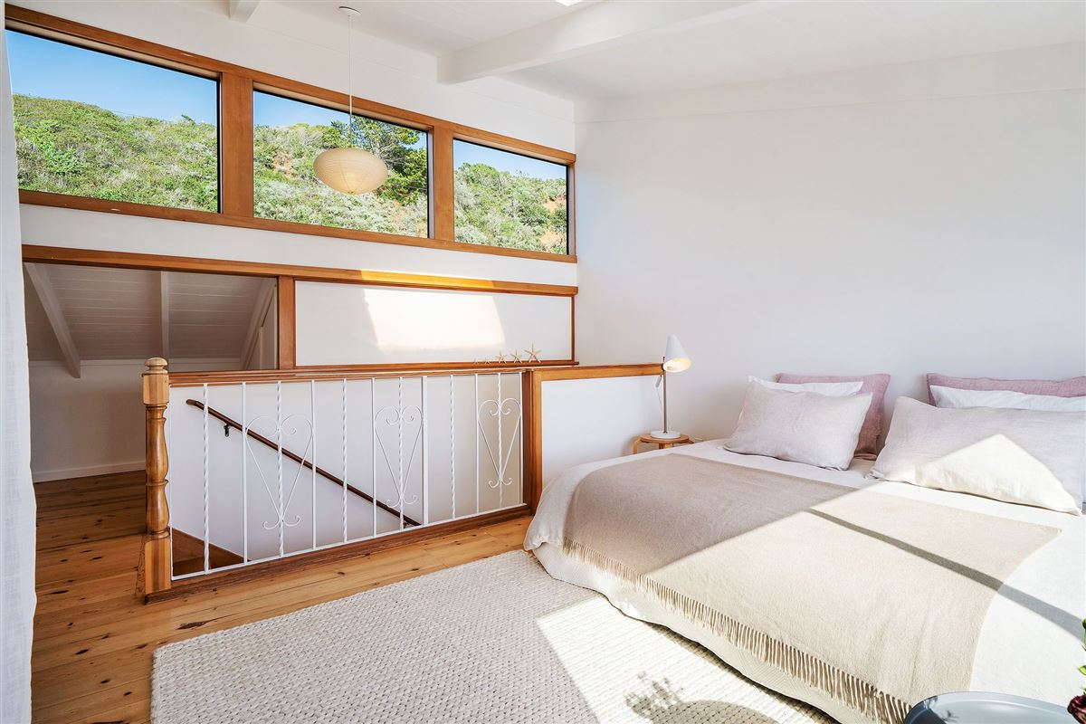 Luxury homes in delightful home on Tomales Bay