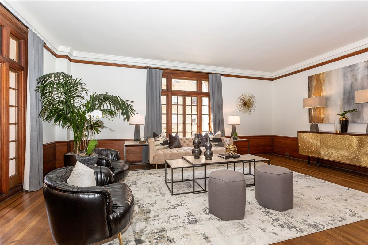 Luxury real estate Remarkable condo with great features