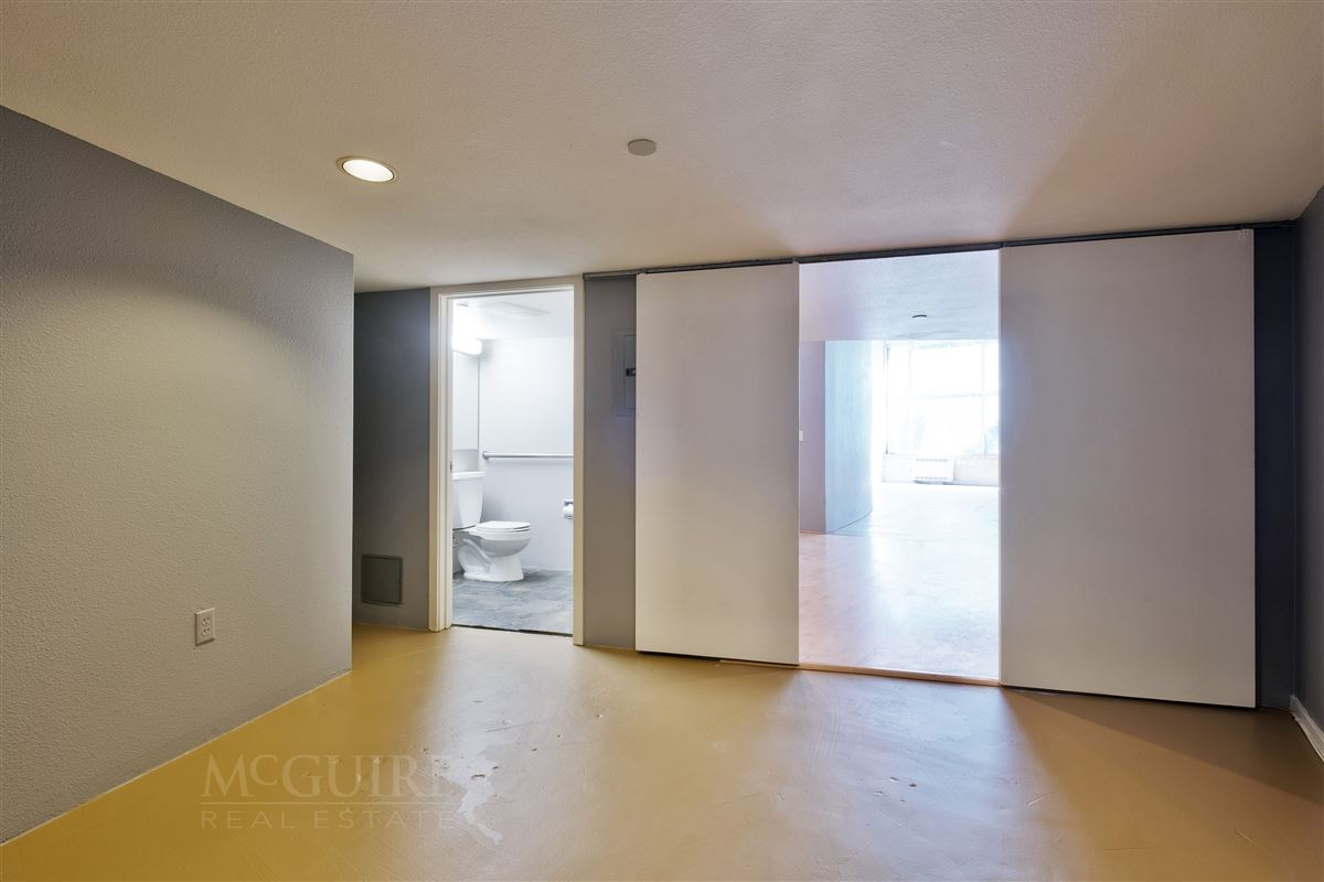 Spacious Conversion Loft with Flexible floorplan luxury real estate
