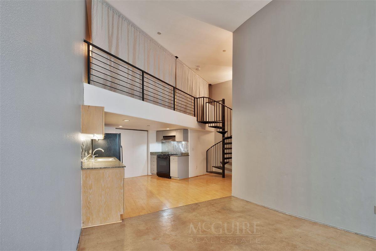 Spacious Conversion Loft with Flexible floorplan luxury properties