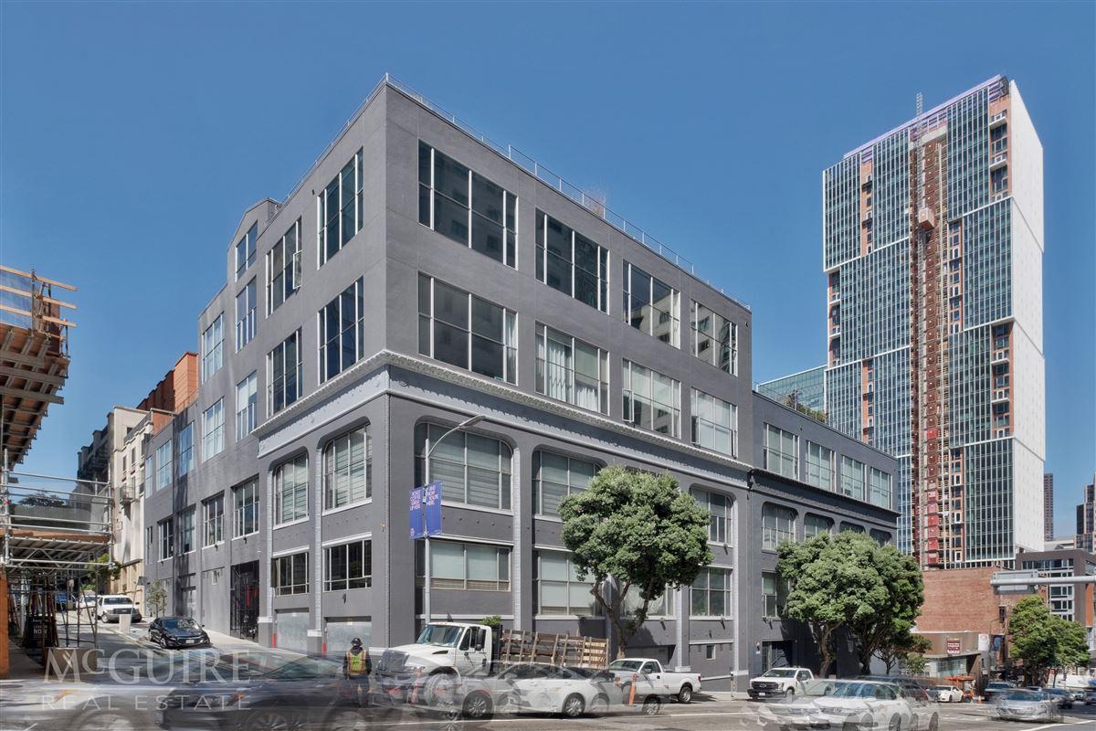 Luxury real estate Spacious Conversion Loft with Flexible floorplan