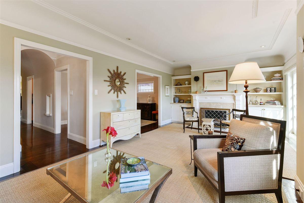 Tasteful family estate luxury properties