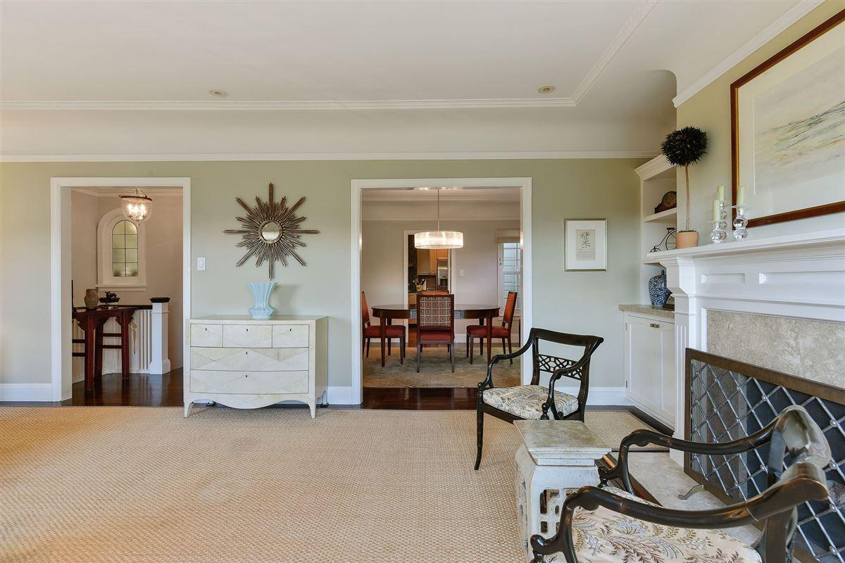 Luxury homes in Tasteful family estate