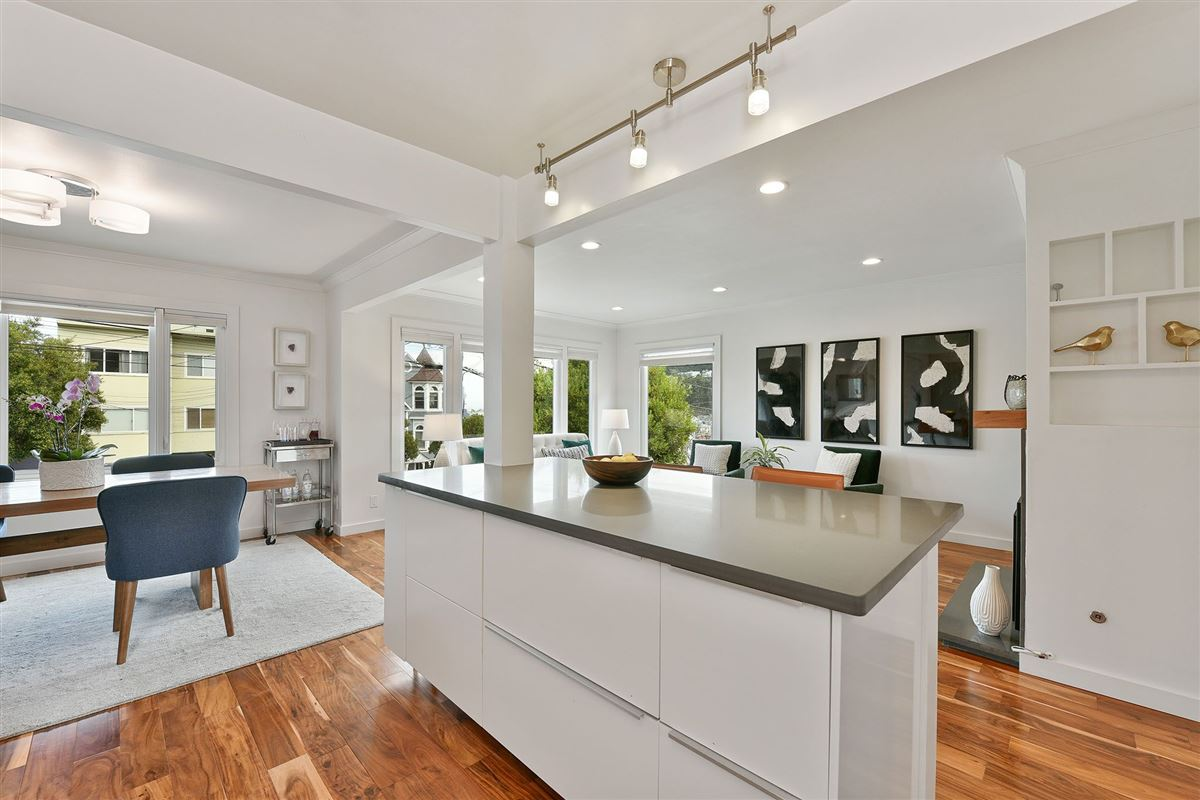 Mansions in a fully renovated home