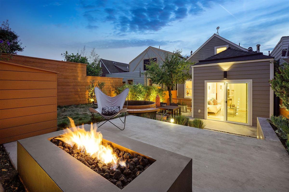 Luxury properties amazing semi-detached gated home
