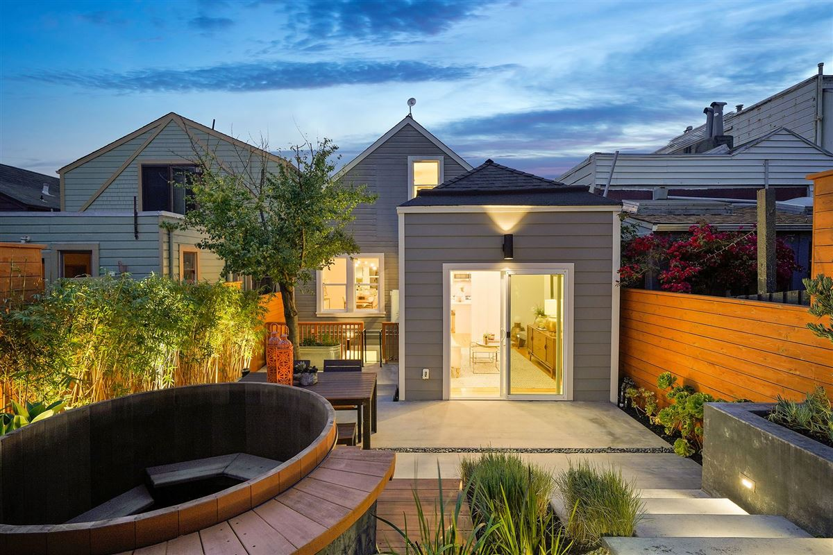 amazing semi-detached gated home luxury properties