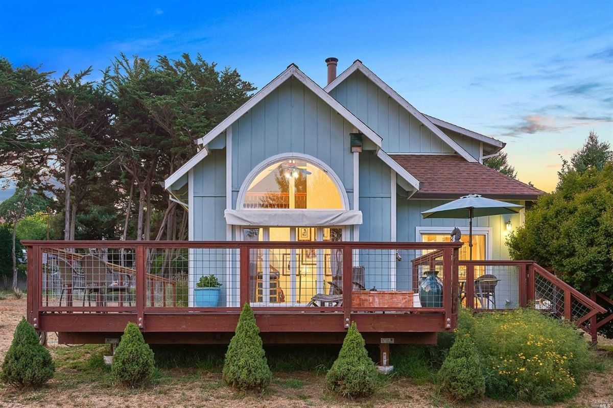 home On the desirable mesa in Point Reyes Station luxury real estate