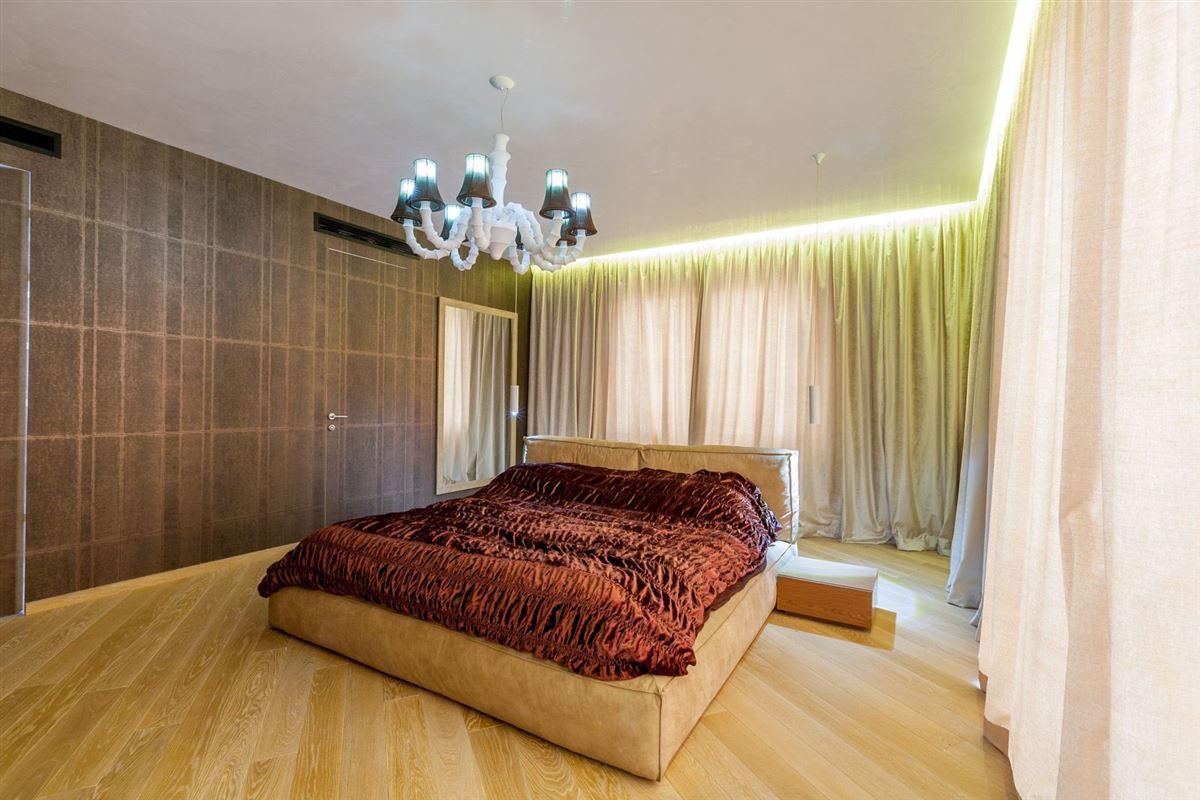 Luxury homes TRIUMPH VILLA - DOROBANTI SQUARE