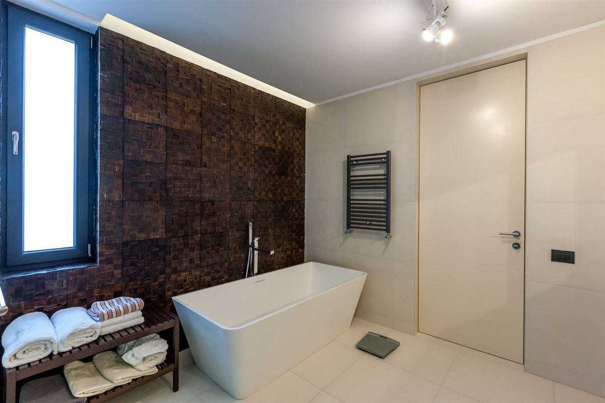 TRIUMPH VILLA - DOROBANTI SQUARE luxury homes