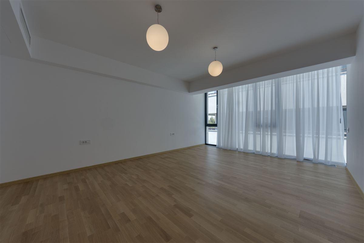 Mansions luxury duplex apartment in prime location