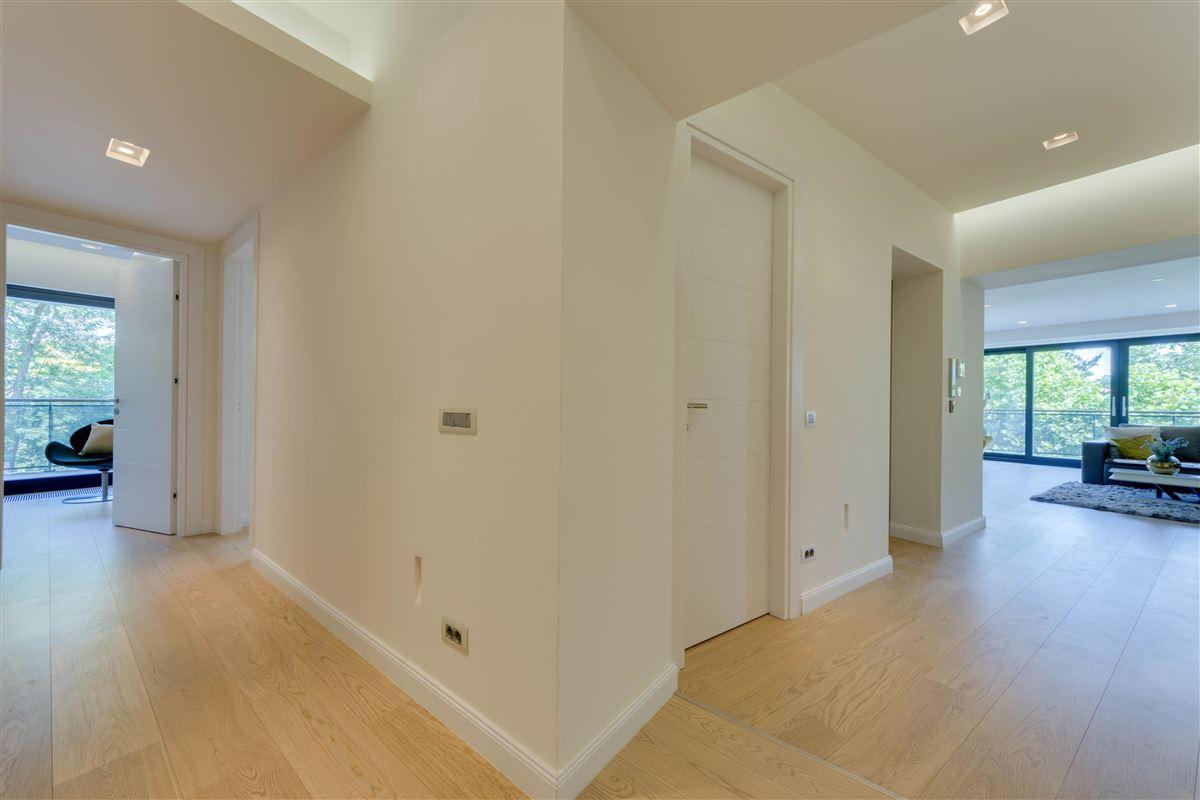Mansions in dream apartment in exclusive area