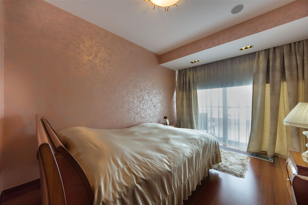 Luxury real estate Razor Penthouse in Herastrau with Park View