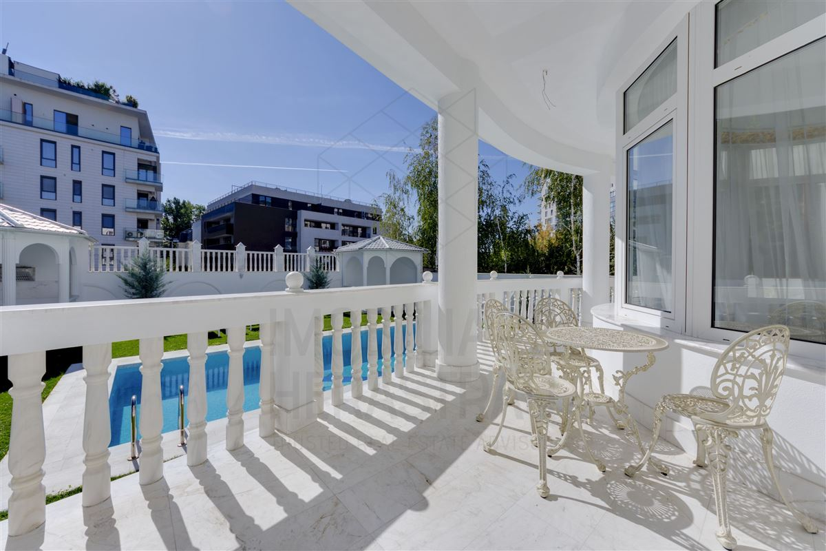 Luxury real estate Maison de Bourbon - EXCLUSIVE VILLA HERASTRAU AREA