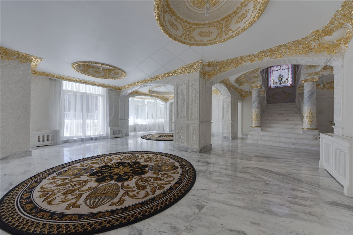 Luxury properties Maison de Bourbon - EXCLUSIVE VILLA HERASTRAU AREA