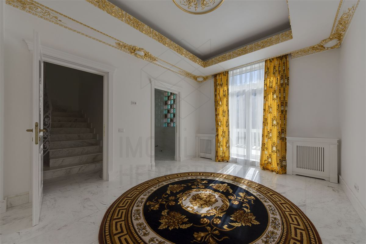 Maison de Bourbon - EXCLUSIVE VILLA HERASTRAU AREA luxury homes