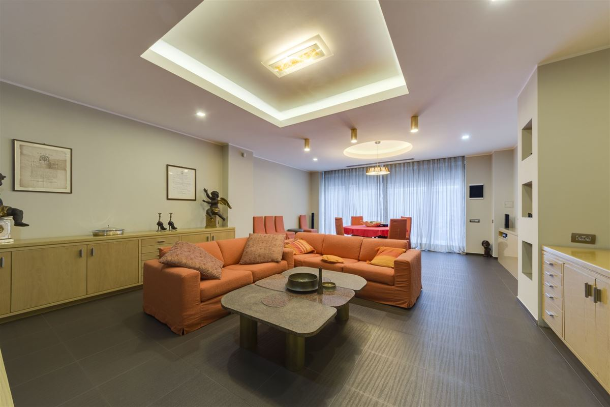 Luxury real estate Hollywood in the heart of Bucharest