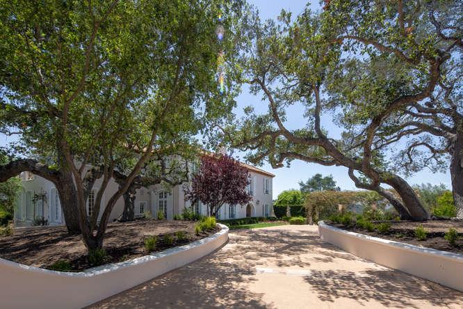 Prestigious Varian Ranch Home mansions