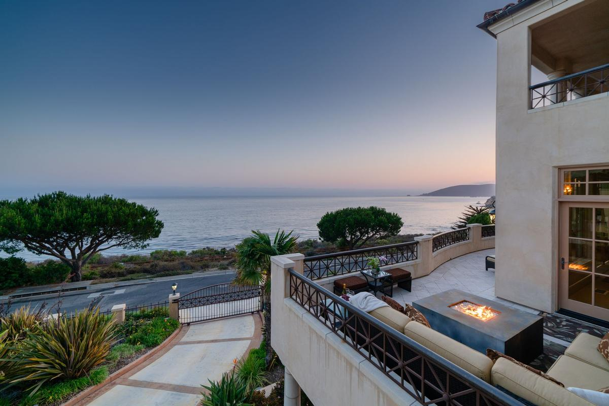 Luxury properties Stunning Oceanfront Estate