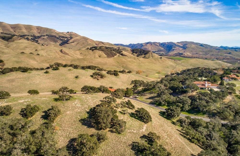 BEAUTIFUL EDNA VALLEY LOT   California Luxury Homes