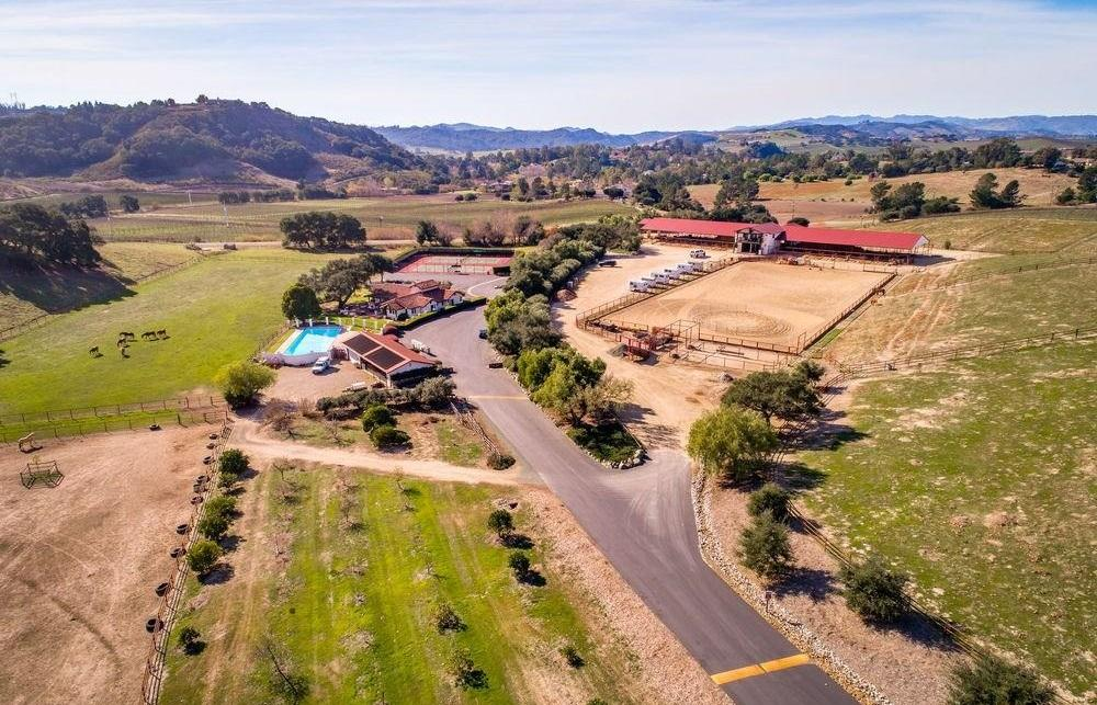 Luxury homes Beautiful Edna Valley Lot