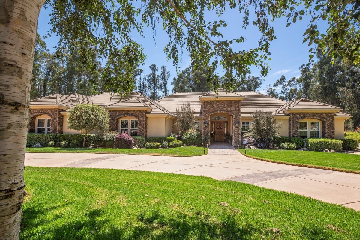1420 Camino Mariposa luxury properties