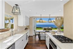 Luxury real estate SOLANA BEACH OCEANFRONT LIVING
