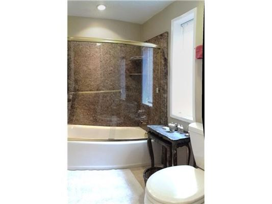 Completely remodeled end unit for rent luxury real estate