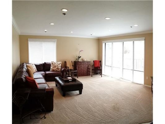 Luxury properties Completely remodeled end unit for rent