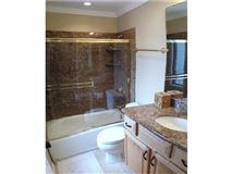 Mansions in Completely remodeled end unit for rent