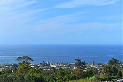 Luxury homes in the largest buildable residential site in picturesque La Jolla