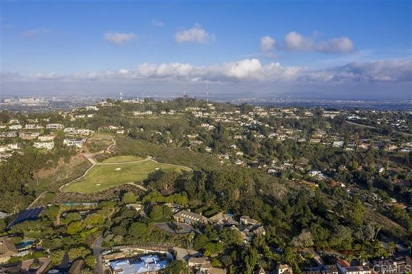 the largest buildable residential site in picturesque La Jolla luxury real estate