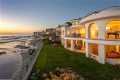 Luxury homes in masterfully designed