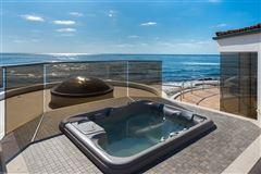 masterfully designed luxury homes