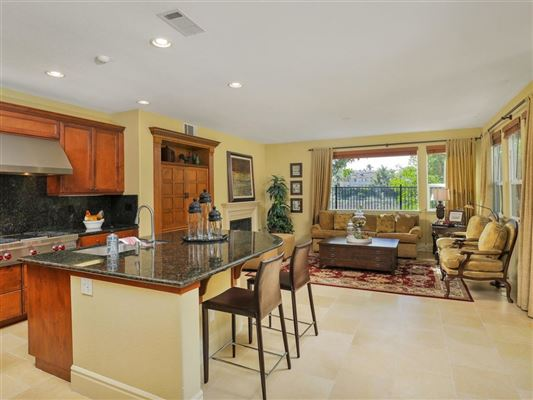 Luxury real estate sparkling home in carlsbad