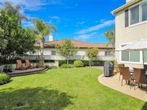 Mansions in sparkling home in carlsbad