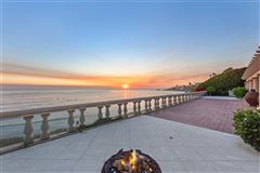 tremendous oceanfront opportunity mansions
