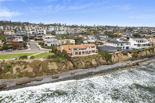 tremendous oceanfront opportunity luxury homes
