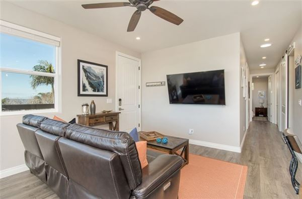 lovely OceanViewhome on a quiet cul-de-sac location luxury homes