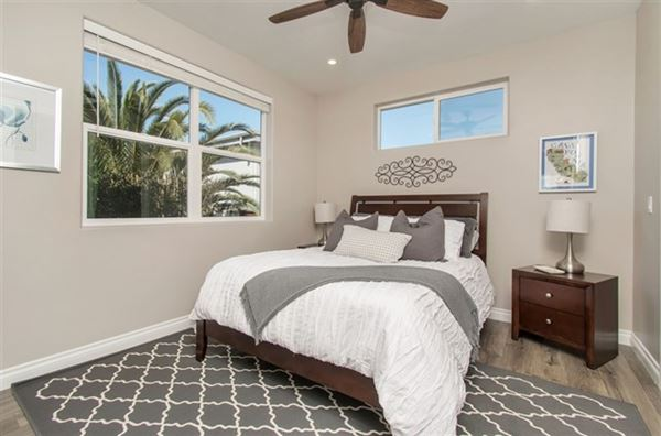 Luxury properties lovely OceanViewhome on a quiet cul-de-sac location
