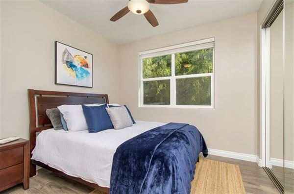 Mansions lovely OceanViewhome on a quiet cul-de-sac location