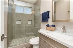 lovely OceanViewhome on a quiet cul-de-sac location mansions