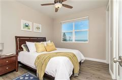 Luxury homes in lovely OceanViewhome on a quiet cul-de-sac location