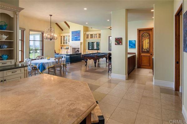 Luxury properties spectacular custom estate in Rancho Pacifica