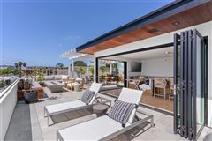 Luxury homes in Meticulously designed contemporary duplex in Crown Point